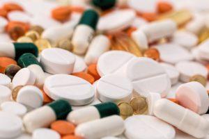 Benzodiazepine und Analgetika  –  Wenn Medikamente zur Gefahr werden